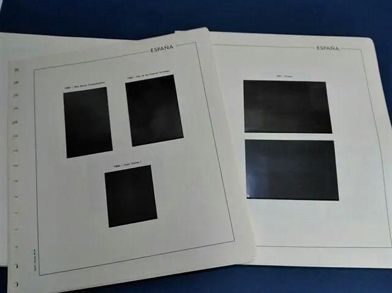 EDIFIL Bloque de Cuatro 1978 a 1983 montado con estuches negros / Ref. 015