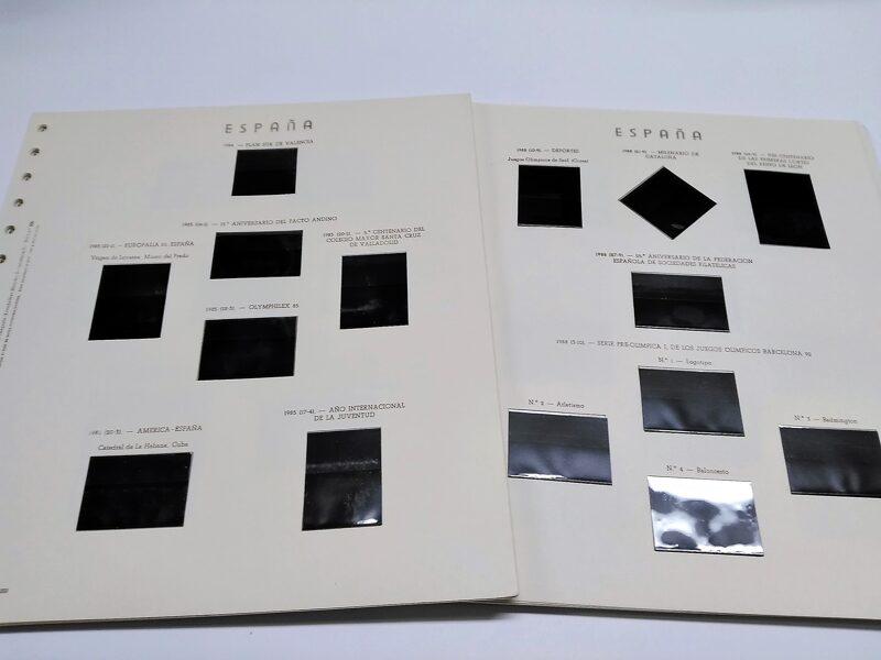 OLEGARIO años 1976 a 1979 montado con estuches transparentes y negros / Ref. 215