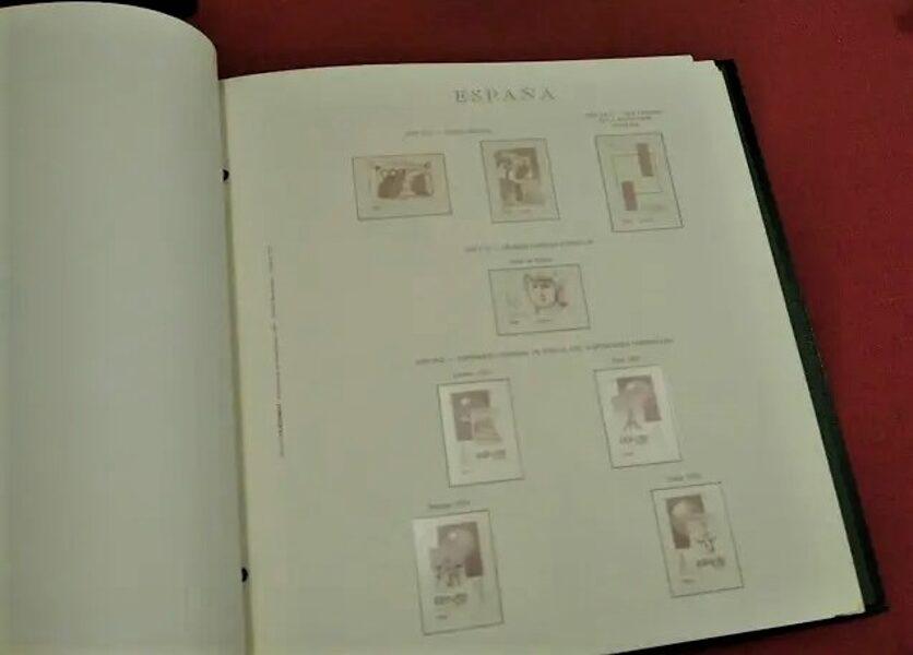 OLEGARIO 1966 a 1972 - 4 tornillos montado con estuches transparentes / Ref. 173