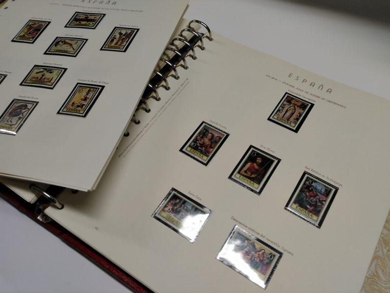 OLEGARIO años 1978 a 1982 montado con estuches transparentes. Textos en CATALÁN. / Ref.028